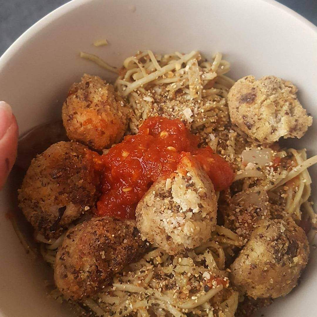 Spaghetti & meatballs, vegan & gluten free. Tomatos & spices for the sauce, edamame pasta & soy pulp & flaxseed meatballs